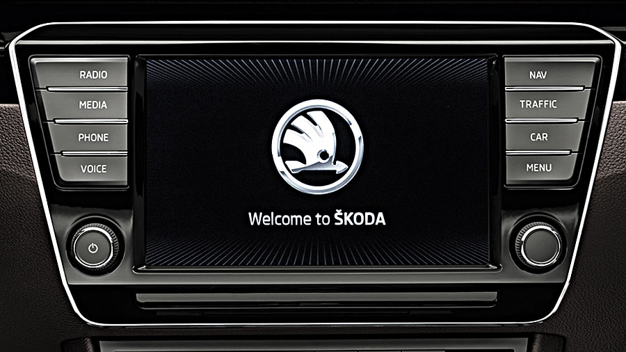 2016 ŠKODA Superb - Infotainment - ŠKODA